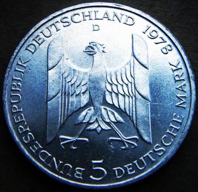 2484.jpg